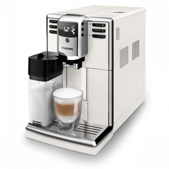 Pirkite Series 5000 Visiškai automatinis espreso aparatą EP5361/10 elektroninėje | Philips parduotuvėje